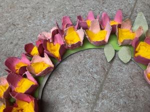Blumenkranz aus Eierkarton