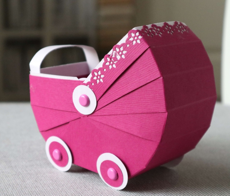 Kinderwagen Stubenwagen aus Papier